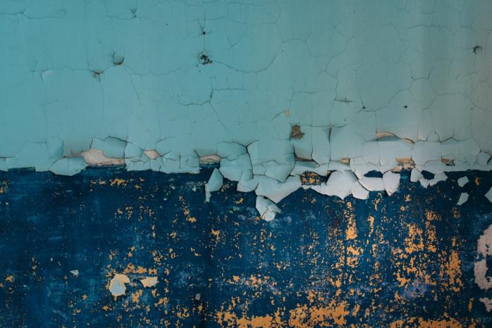 ラジカル塗料は塗膜劣化の原因を制御
